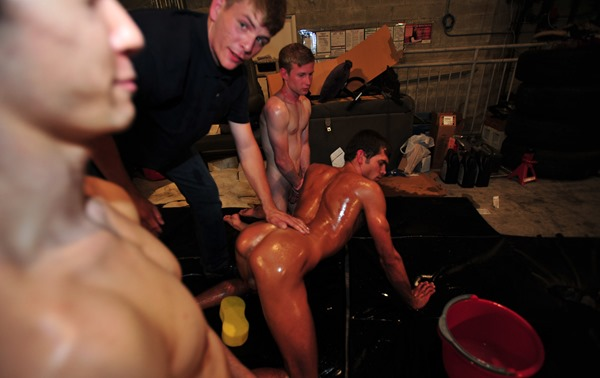 haze-him-oiled-and-abused